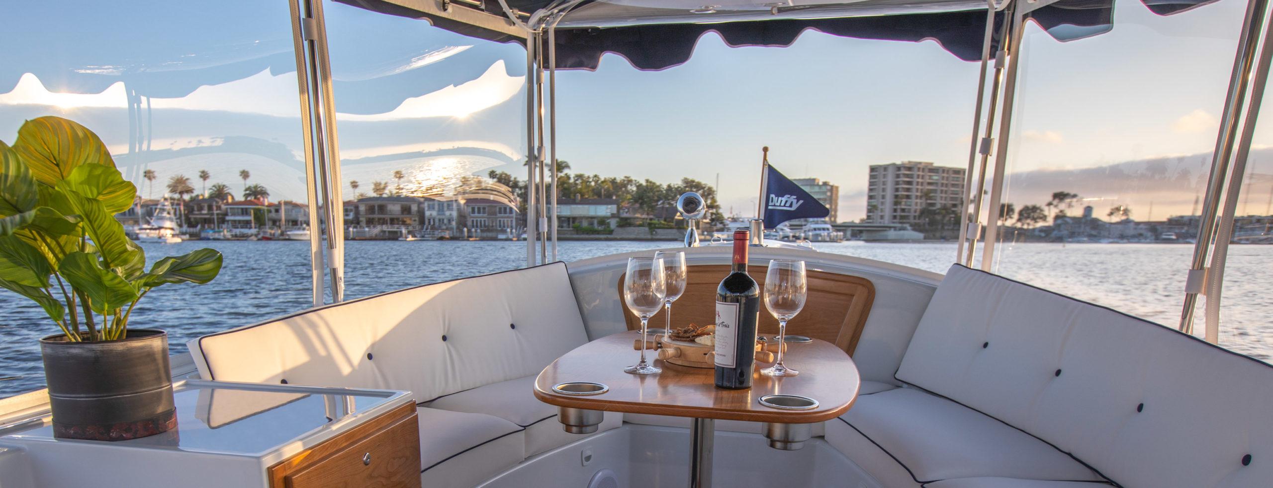Duffy-Electric-Boats-18-Snug-Harbor-Interior-2020-11