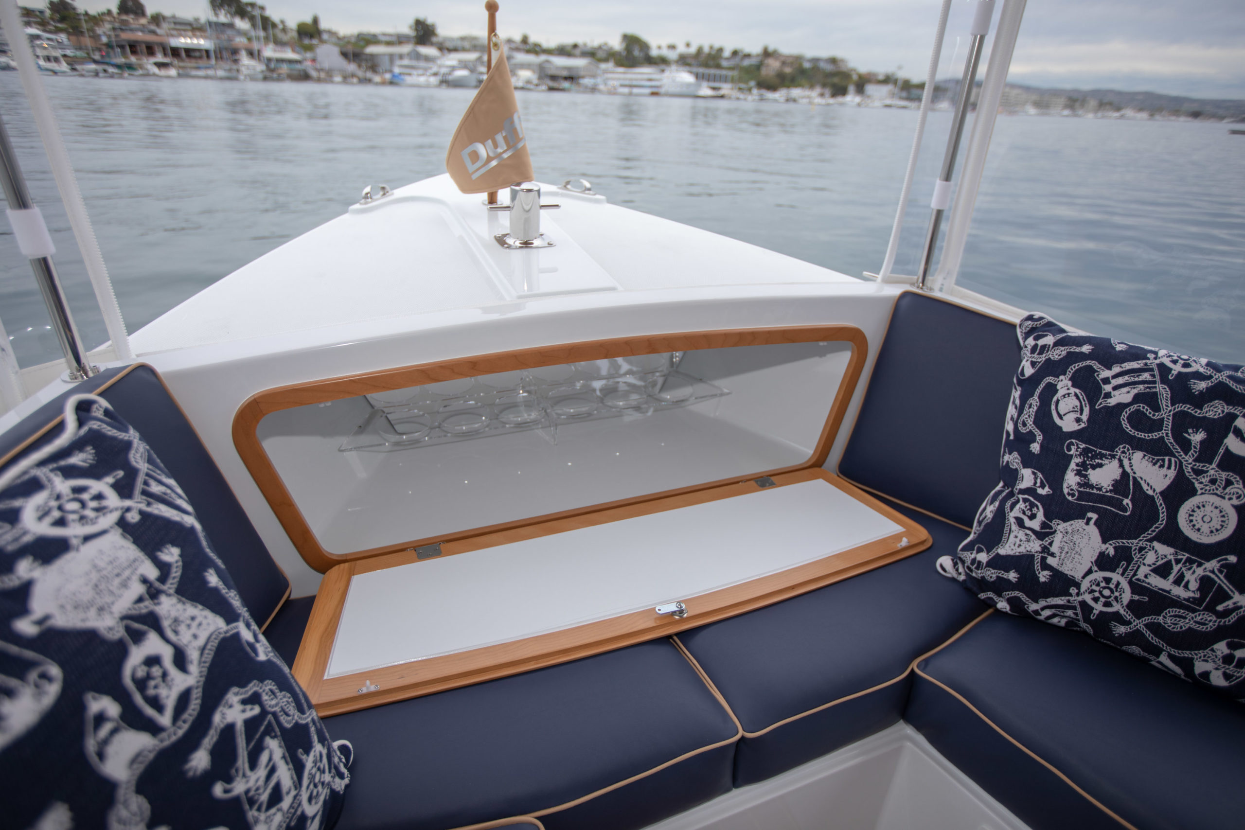 Duffy-Electric-Boats-22-Bay-Island-Interior-2020-11