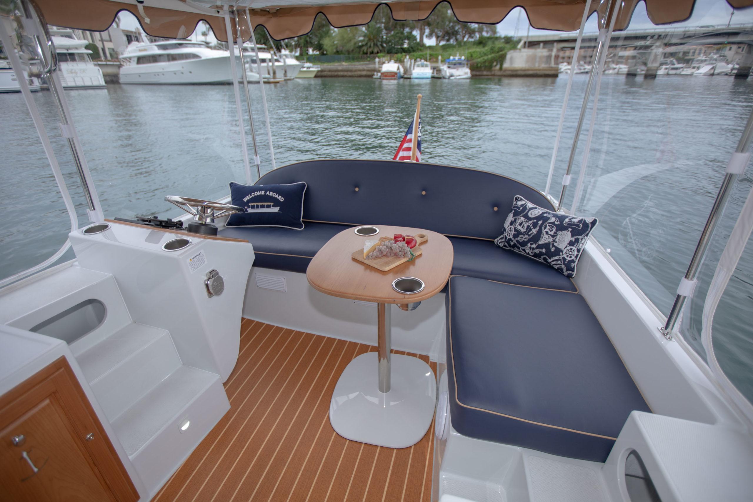 Duffy-Electric-Boats-22-Bay-Island-Interior-2020-12