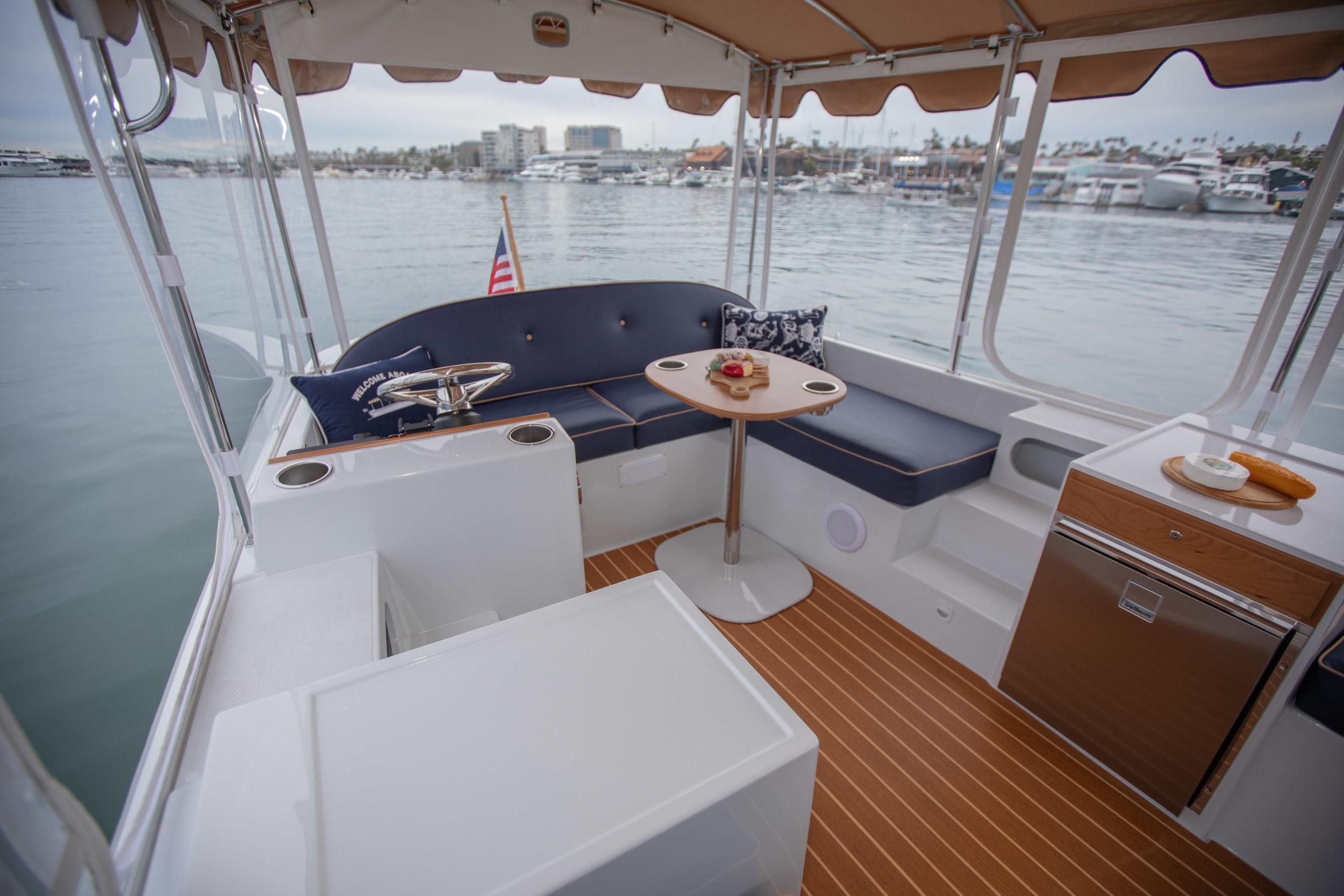 Duffy-Electric-Boats-22-Bay-Island-Interior-2020-13