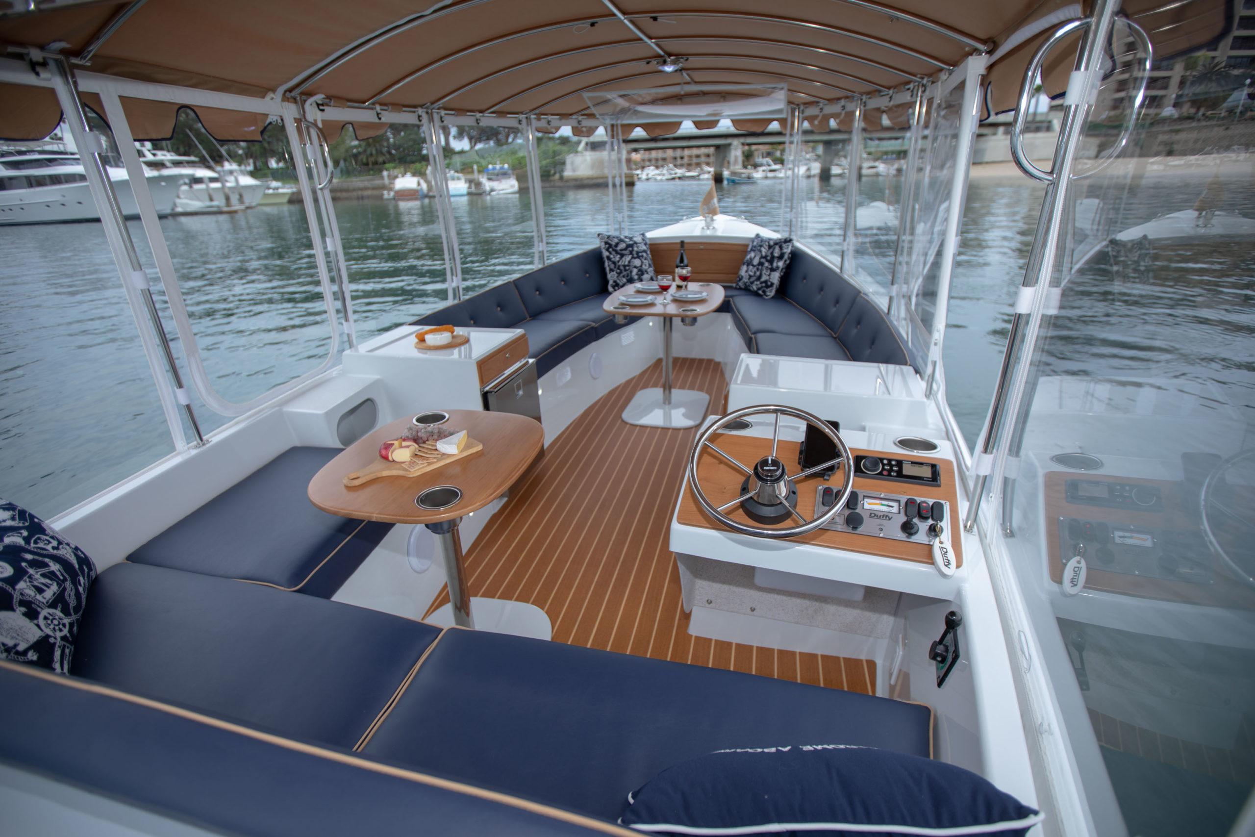 Duffy-Electric-Boats-22-Bay-Island-Interior-2020