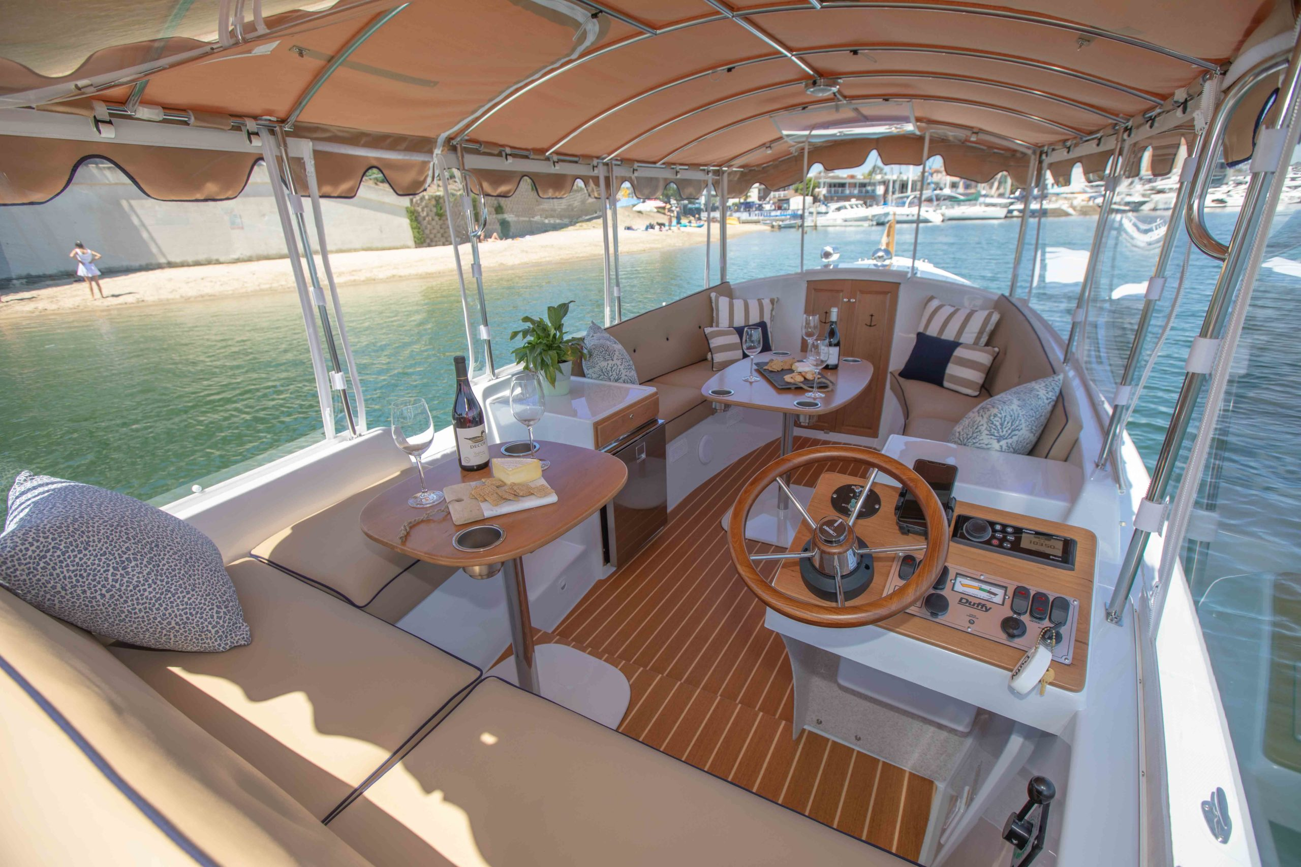 Duffy-Electric-Boats-22-Cuddy-Cabin-Interior-3