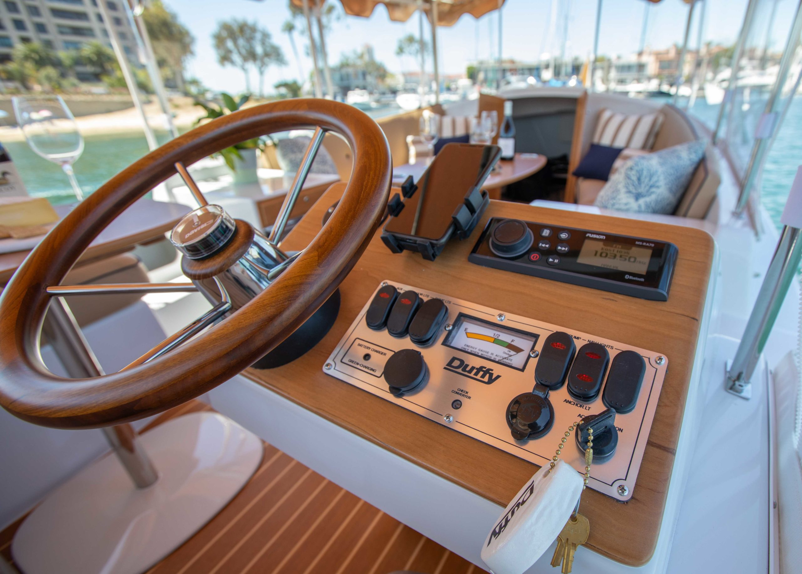 Duffy-Electric-Boats-22-Cuddy-Cabin-Interior-8