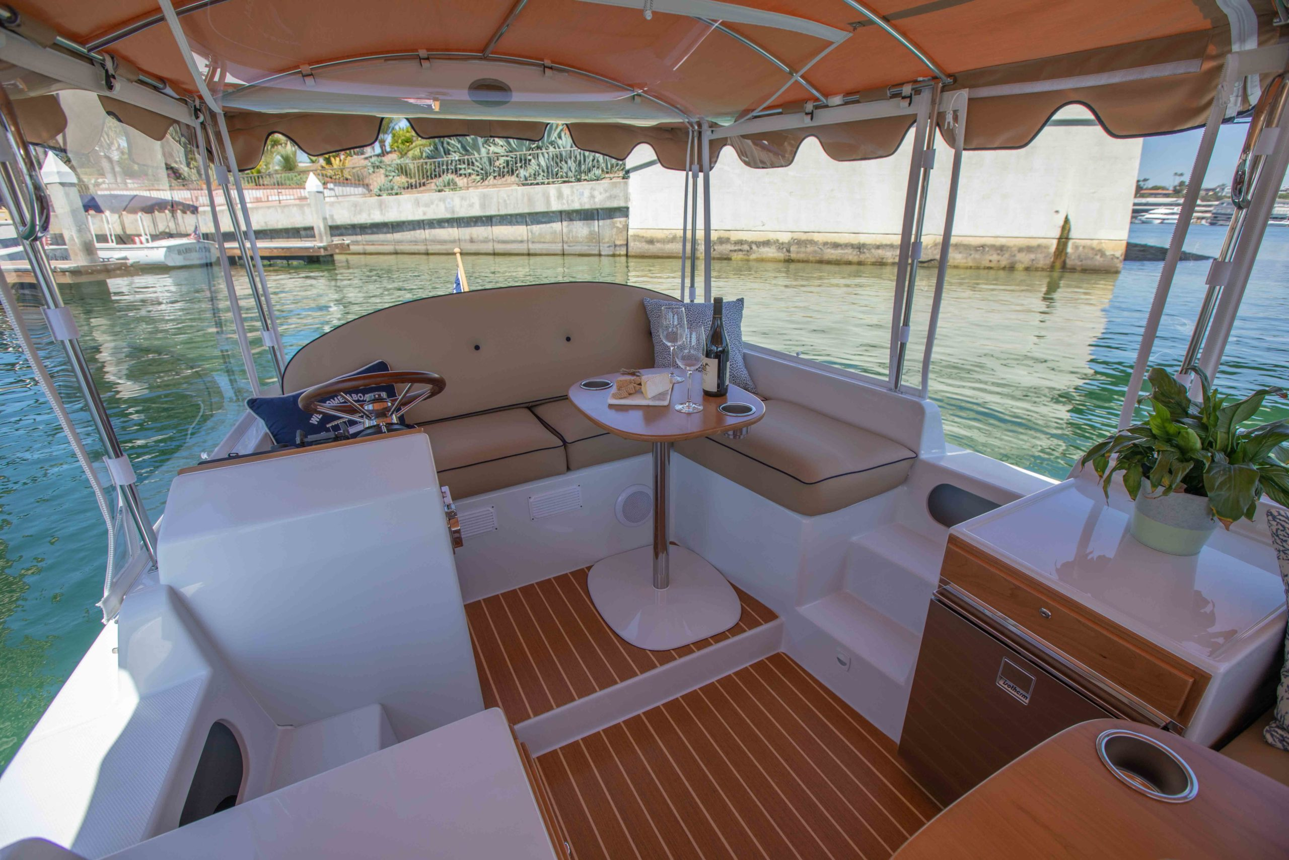 Duffy-Electric-Boats-22-Cuddy-Cabin-Interior