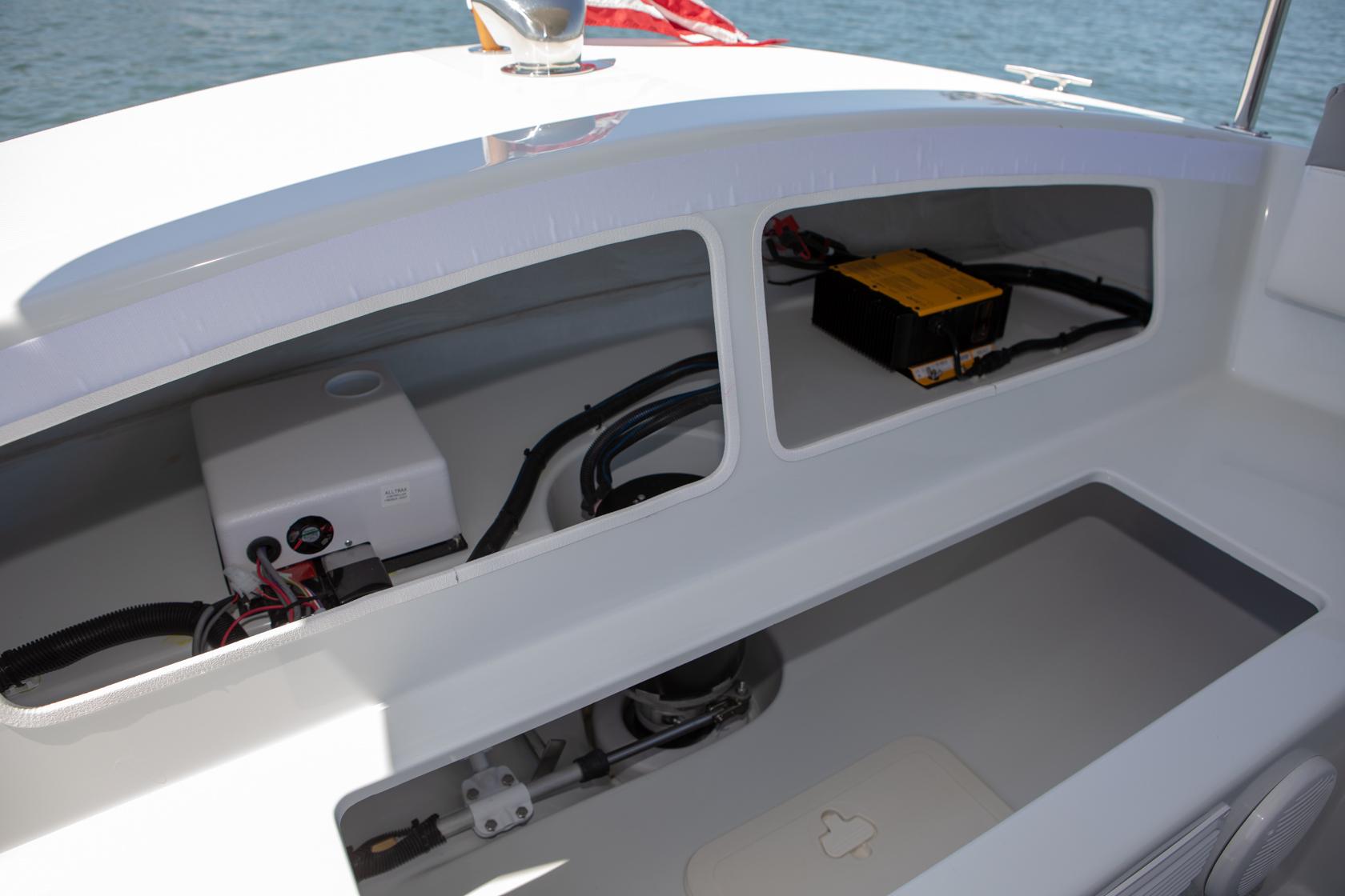Duffy-Electric-Boats-Bayshore-18-Interior-v2-4
