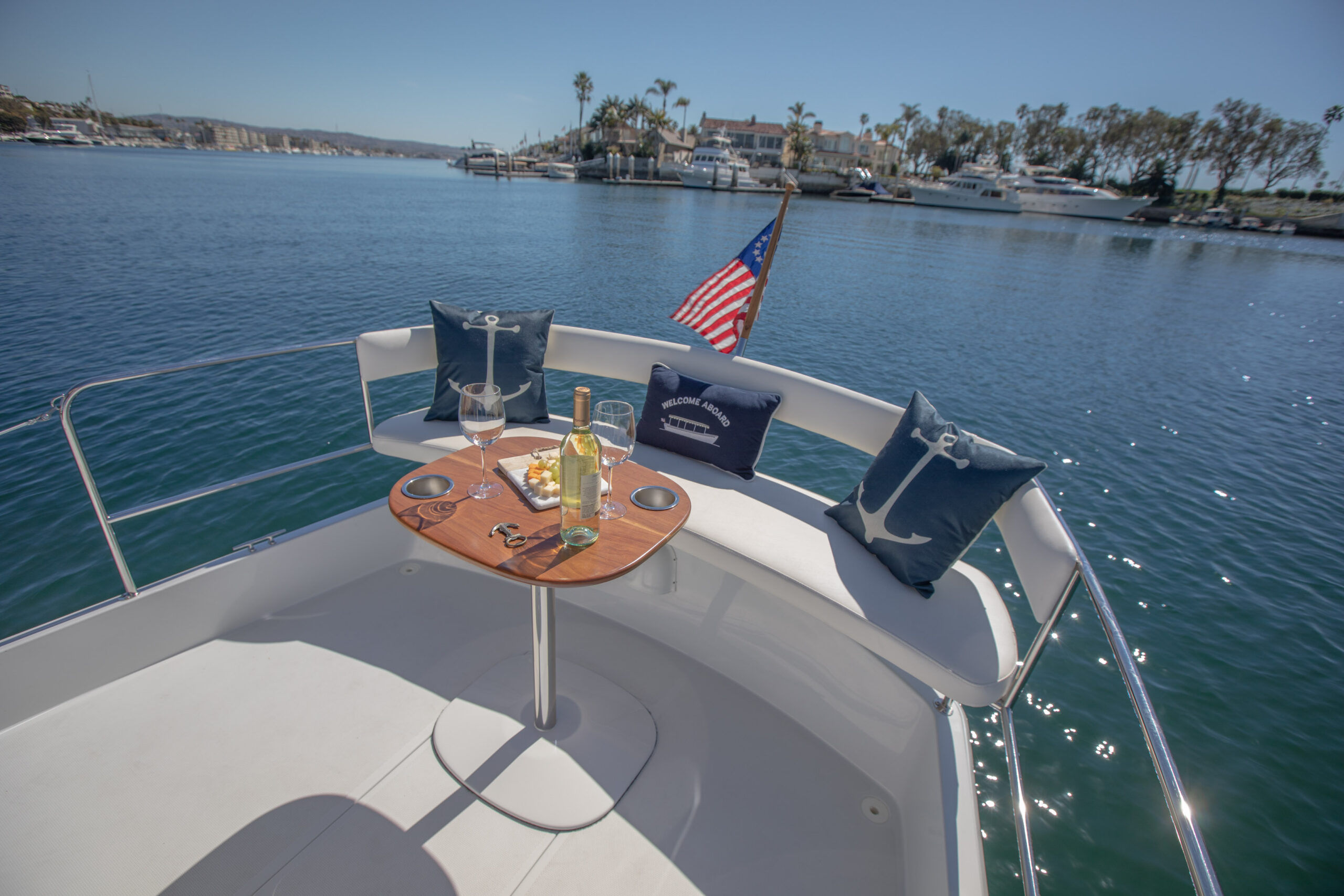 Duffy-Electric-Boats-22SC-Interior-2021_Med-47